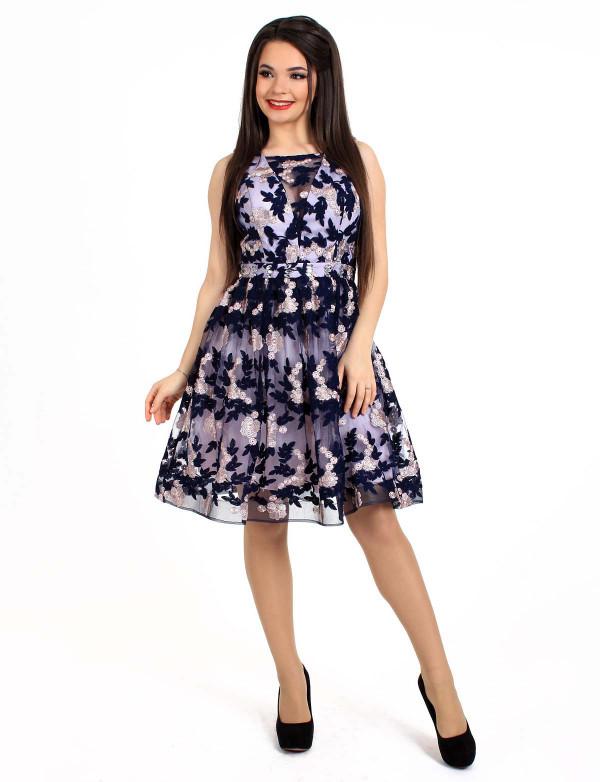 P 0932 Платье коктейльное из эксклюзивного гипюра с вышивкой на поясе