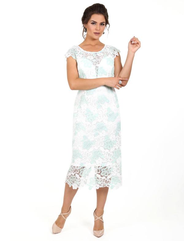 P 0978 Платье коктейльное из двухцветного гипюра