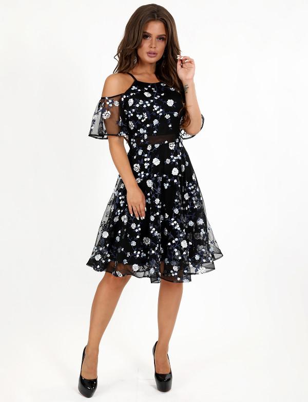 P 0071 A Платье коктейльное из эксклюзивного гипюра-звезды