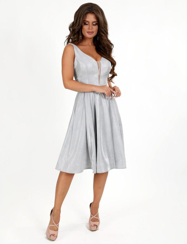P 0997 Платье коктейльное из струящегося люрикса