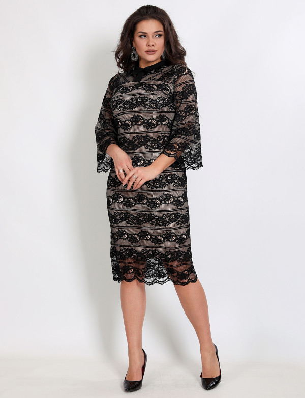 P 1029 Платье коктейльное гипюровое с воротниковой горловиной