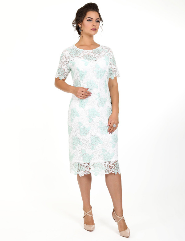 P 0979 1 Платье коктейльное из двухцветного гипюра