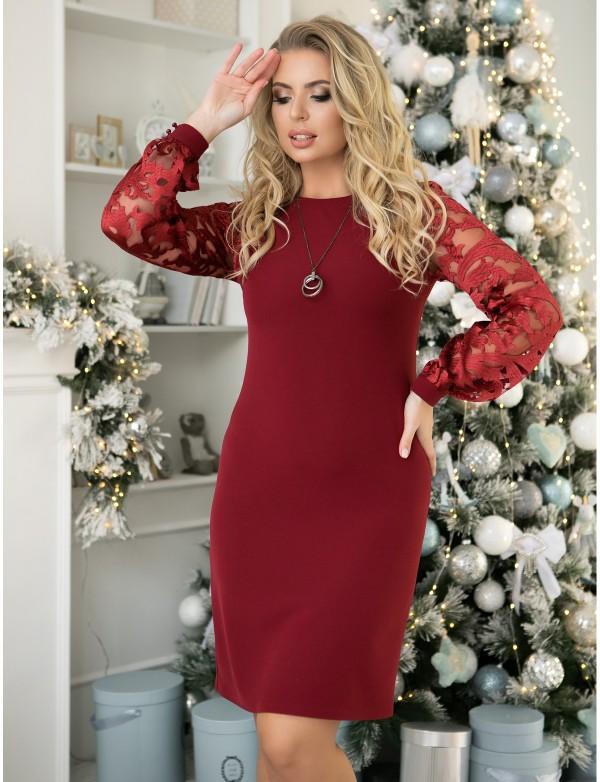 P 2062 Платье коктейльное с гипюровыми рукавами