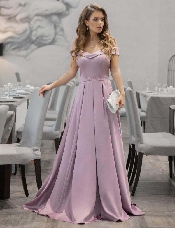 G 2355 Платье вечернее из мягкого атласа с расшитым поясом