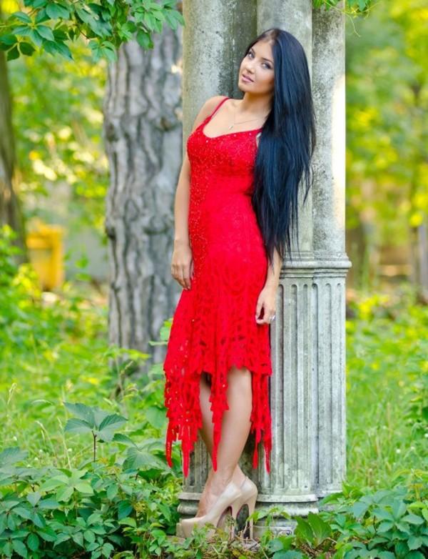 К718, Платье