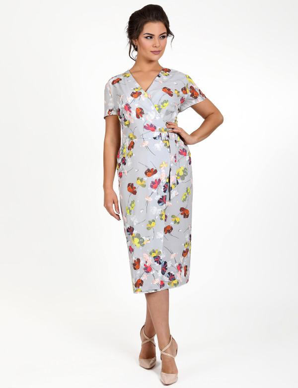P 0973 Платье коктейльное на запАх с цветочным принтом